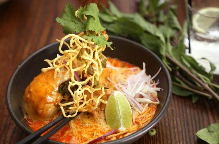 Eat Khao Soi